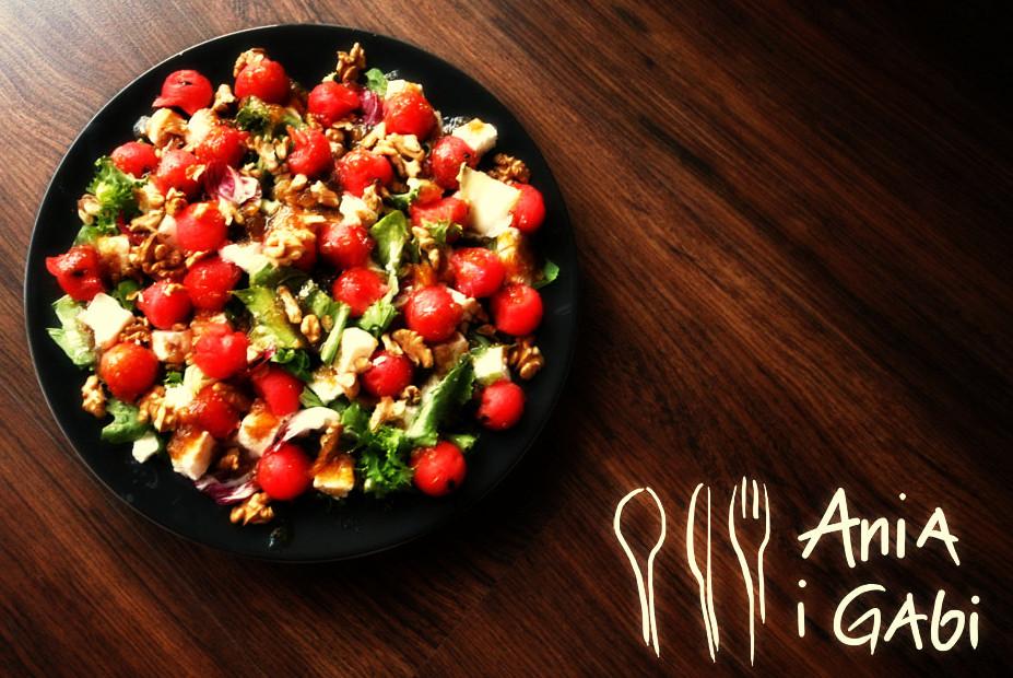 Arbuz i feta – zaskakująca letnia sałata