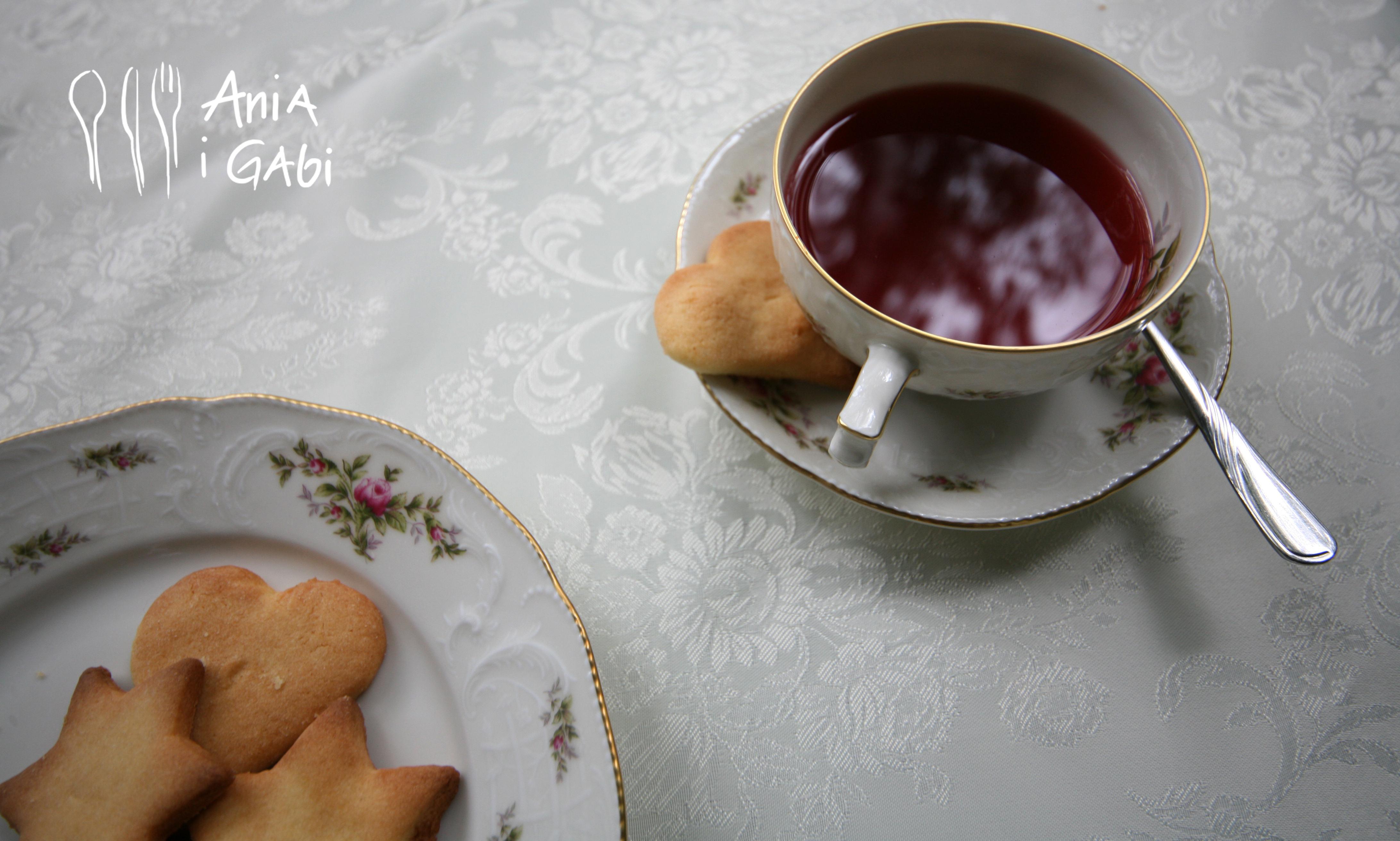 """""""Niech więc pieką bo dobre!"""" czyli kruche ciastka Marysi"""