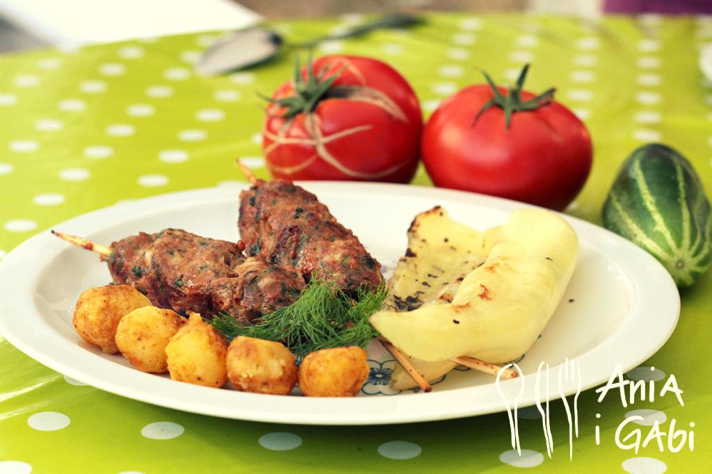 Węgierska papryka i cevapcici z grilla