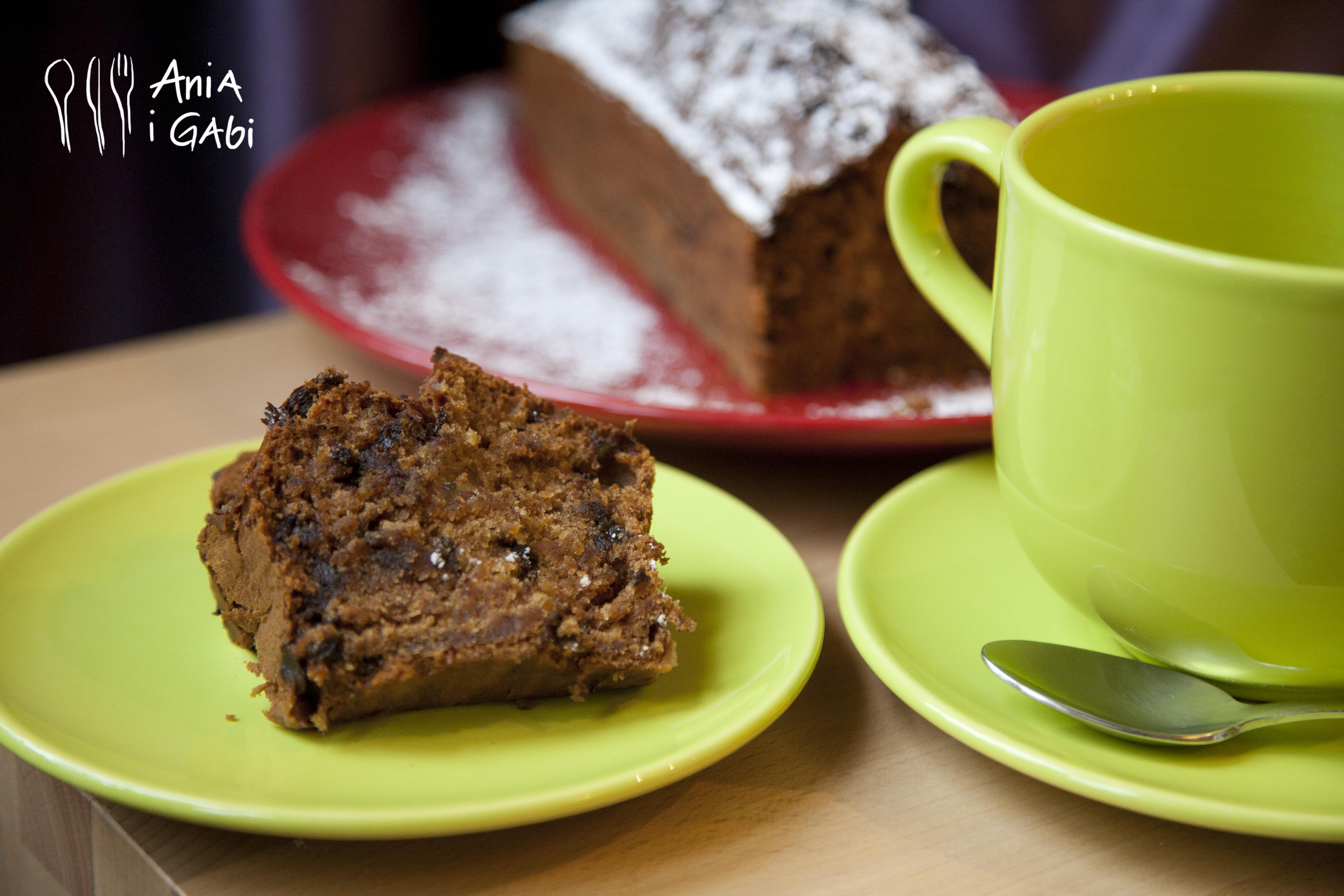 Wilgotne ciasto czekoladowo-bananowe